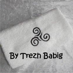 Serviette de bain Brodée chat noir noeud rose