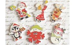 Bouton bois à coudre Noël (Lot de 4) ref2 ~3 cm
