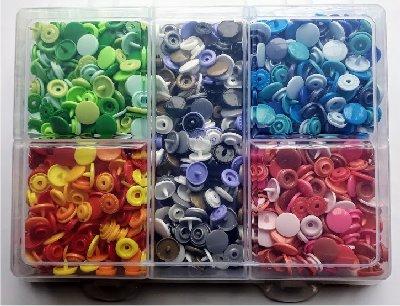 Boîte pressions KAM 26 coloris (1040 pcs)